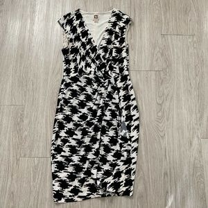 Anne Klein Sheath Dress Houndstooth Print Vneck 6